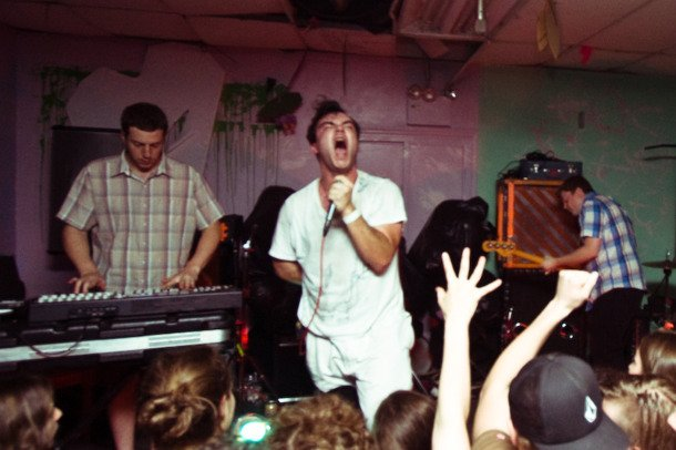 Future Islands, a.k.a. America's number one dreamboats, go on dreamy summer tour