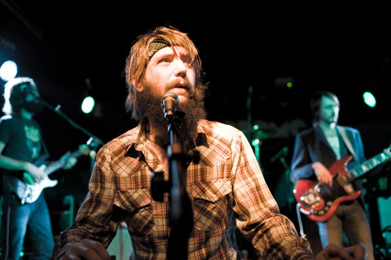 Band of Horses are heading out on a world tour, bay-bee