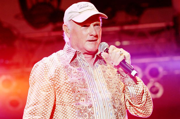 Mike Love says he definitely did not fire anyone named Brian Milson from The Beach Boys, so, case closed