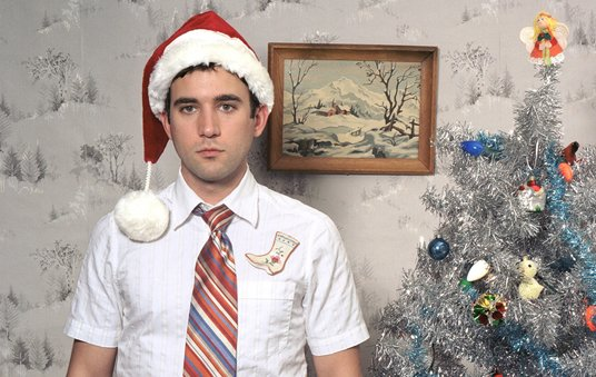 Sufjan Stevens goes on Christmas sing-a-long tour because he's silly like that